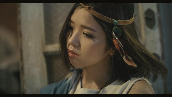 hot-girl-suni-ha-linh-tung-mv-hut-20-trieu-luot-nghe