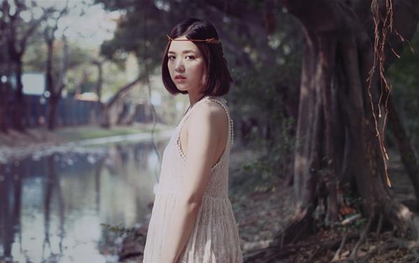 hot-girl-suni-ha-linh-tung-mv-hut-20-trieu-luot-nghe-7