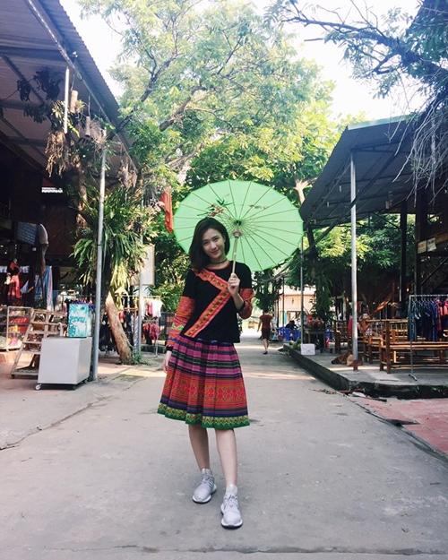 sao-viet-25-4-thu-thao-thu-gian-sau-luyen-cong-chi-em-mai-phuong-thuy-do-sac-2