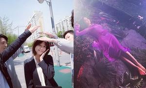 Sao Hàn 26/4: Soo Young được bạn diễn nam che chở, Hyo Min khoe dáng 'đồng hồ cát'