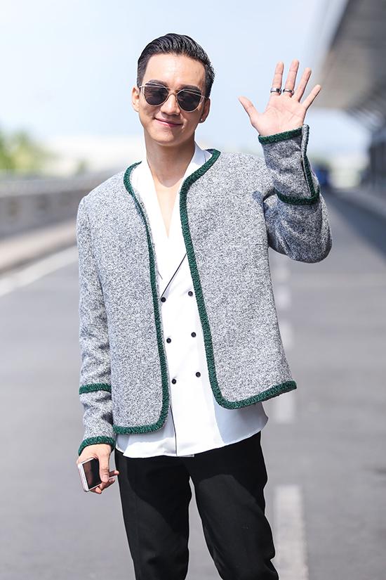 Mỹ nam sinh năm 1993 mang theo 80kg hành lý. Anh rất tự tin để toả sáng tại cuộc thi như Nam vương Nguyễn Văn Sơn đã làm được tại Mister Global 2015.