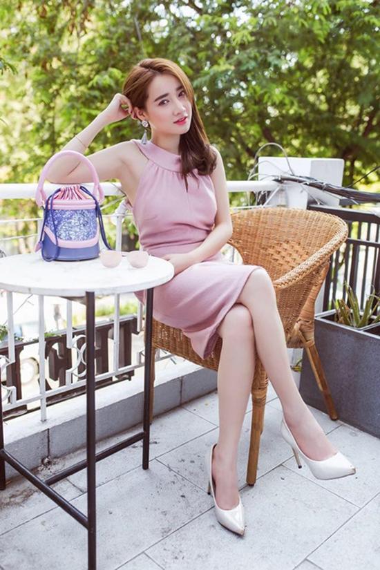 sao-style-28-4-nha-phuong-kieu-sa-bat-ngo-si-thanh-dien-do-boc-lua