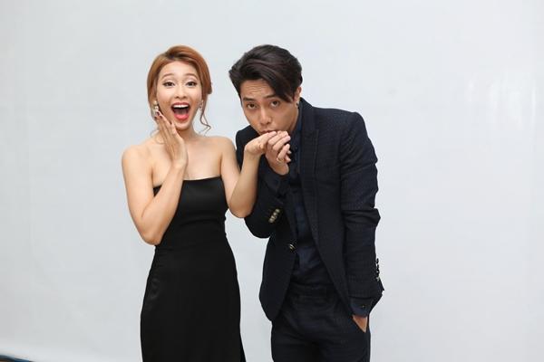 kha-ngan-duoc-hot-boy-banh-gio-an-can-nang-vay-3