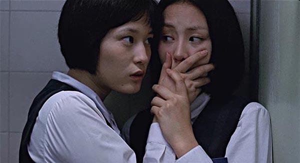 Memento Mori phơi bày nhiều sự thật đen tối trong thế giới học đường. Bộ phim thành công một phần nhờ diến xuất xuất sắc của dàn diễn viên trẻKim Min Sun, Park Ye Jin, Lee Young Jin, Gong Hyo Jin và Baek Jong Hak