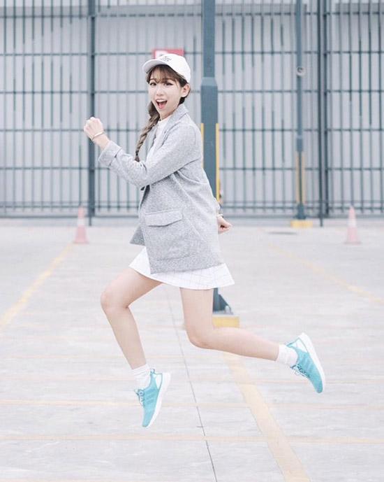 giay-cung-mix-tram-kieu-khong-chan-cua-cac-hot-girl-viet-7