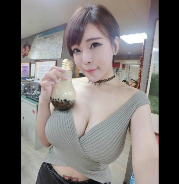 4-hot-girl-ban-hang-goi-cam-ngop-tho-5