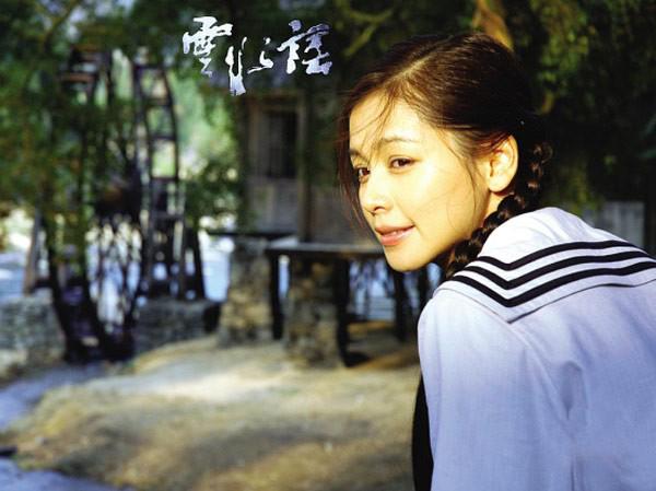 10-my-nhan-co-man-cai-lao-hoan-dong-gay-choang-tren-man-anh-hoa-ngu-5