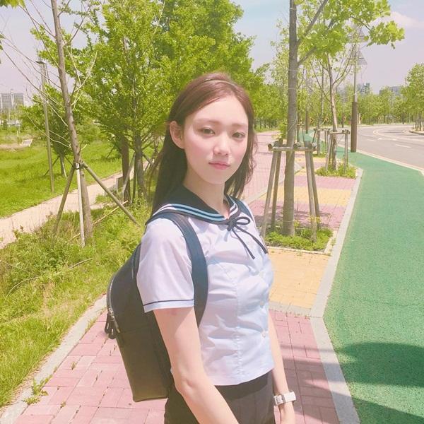 sao-han-14-5-ji-chang-wook-mat-hoa-da-phan-kim-yoo-jung-cuoi-tit-mat-1