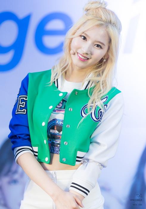 idol-hat-sai-tieng-anh-thanh-nu-than-moi-cua-phai-nam-han-4