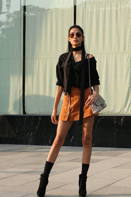 mot-sandals-chien-binh-len-ngoi-street-style-sao-viet-tuan-qua-7