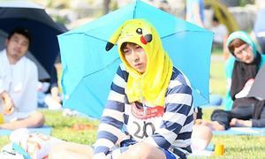 Cuộc thi ngồi ngây người dưới nắng hơn 30 độ tại Hàn