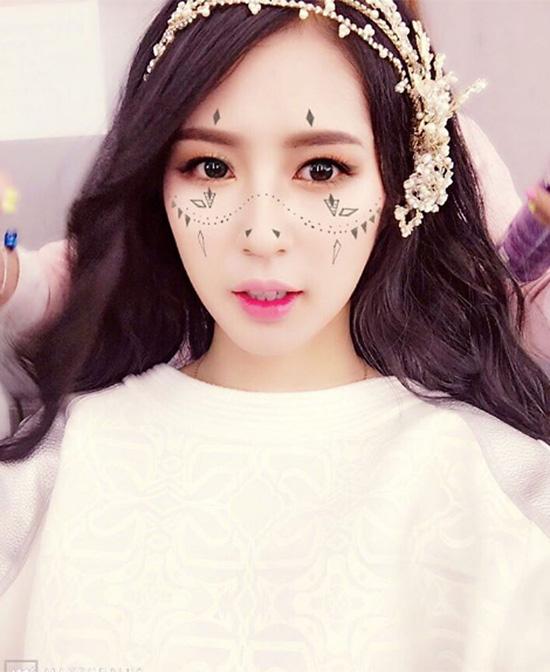 app-trang-diem-xinh-nhu-phu-thuy-lam-dep-gay-sot-o-han-4