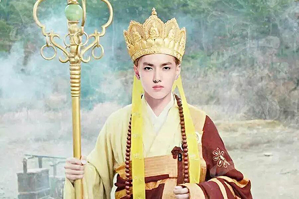 loat-tao-hinh-dien-anh-chung-minh-ngo-diec-pham-co-guong-mat-hoan-my-8