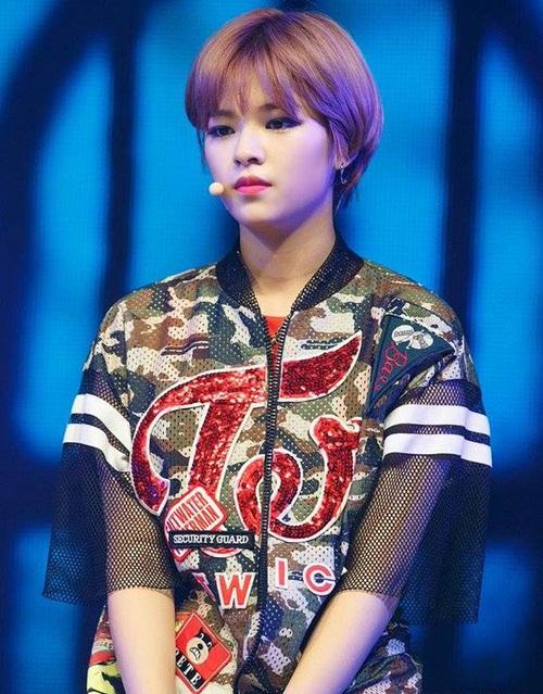 3-than-tuong-kpop-gay-sot-voi-toc-ngan-4