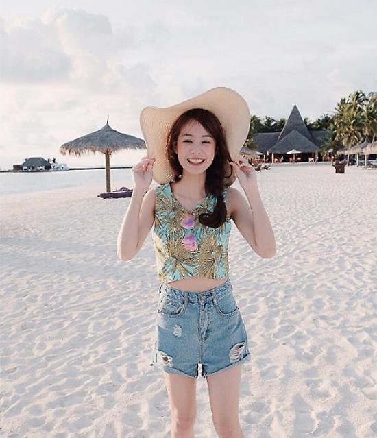 loat-kieu-toc-yeu-khong-do-kip-cua-hot-girl-so-1-thai-lan-1