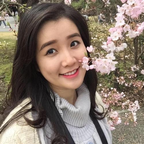 Năm 2014, Xuân Mai tìm kiếm cơ hội tại cuộc thi Hoa hậu Việt Nam. Dù sở hữu nhan sắc đậm chất Á Đông nhưng ngoại hình và chiều cao chưa thật sự xuất sắc nên may mắn chưa mỉm cười với cô gái sinh năm.