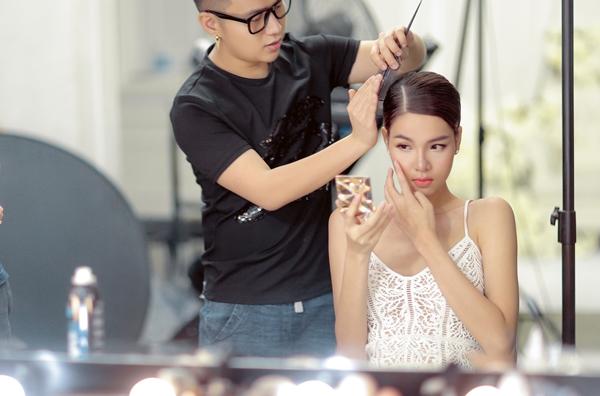Chung Thanh Phong chăm chút cho