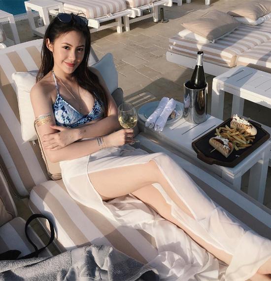 hot-girl-mat-xinh-dang-chun-so-1-cua-lao-hoa-ra-la-nguoi-goc-viet-5