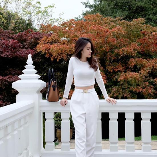 hot-girl-mat-xinh-dang-chun-so-1-cua-lao-hoa-ra-la-nguoi-goc-viet-9