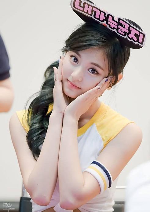 nhung-idol-khong-phai-nguoi-han-van-tao-con-sot-tai-kpop