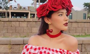 'Hot girl triệu phú' Thái Lan nổi tiếng ăn chơi, sành điệu
