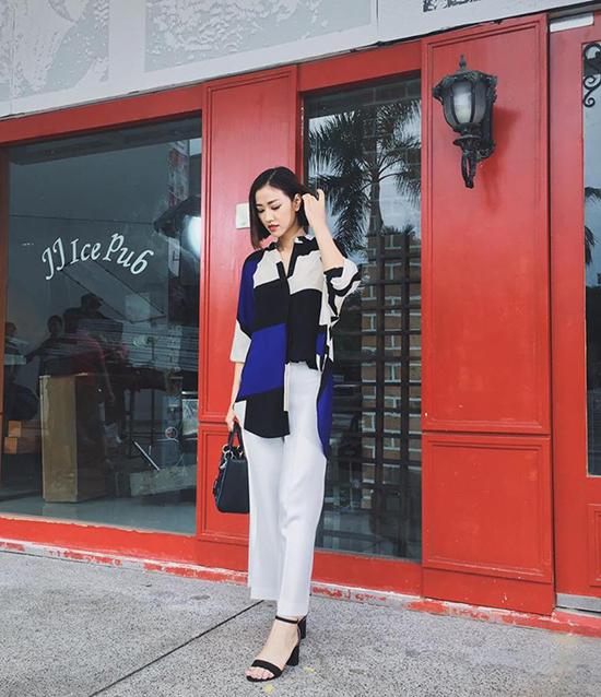 sao-style-14-6-minh-hang-dien-chan-ao-kieu-trinh-khoe-dang-chai-coca