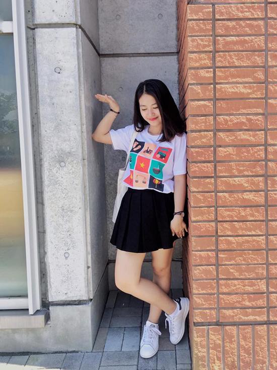sao-viet-14-6-huyen-baby-khac-la-kho-nhan-ra-phuong-ly-khoe-vong-3-boc-lua-7