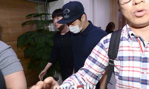 Người tố cáo rút đơn vì Park Yoo Chun 'quan hệ nhẹ nhàng'