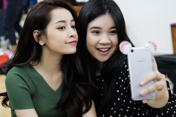 goài Chi Pu, phim còn có sự tham gia của ca sĩ Vân Anh  học trò Mỹ Tâm tại Giọng hát Việt 2015, diễn viên trẻ Công Văn Dương