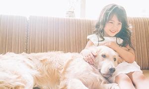 Hot girl nhí Hà thành 5 tuổi đã quen mặt làm người mẫu