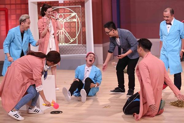 huong-giang-nhong-nheo-ghen-ty-chieu-cao-voi-khanh-my-11