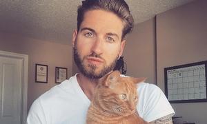 Đổ liêu xiêu với loạt trai đẹp quyến rũ bên mèo cưng