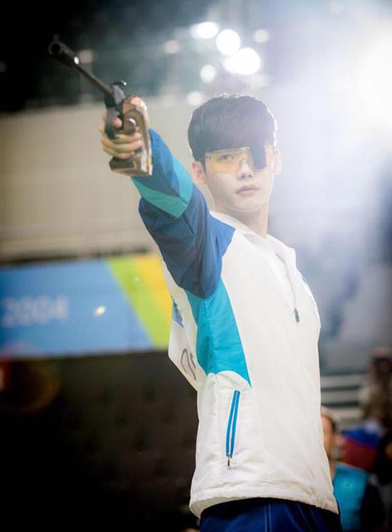 4-yeu-to-co-the-giup-lee-jong-suk-va-han-hyo-joo-danh-bai-suzy-4
