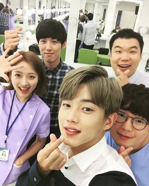 sao-han-1-7-park-shin-hye-than-mat-ben-tinh-dau-man-anh-suzy-lam-nung-8