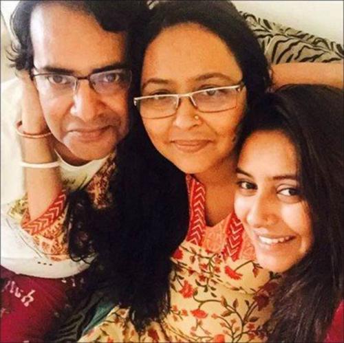 Bố mẹ Pratyusha Banerjee không tin con gái mình tự tử.