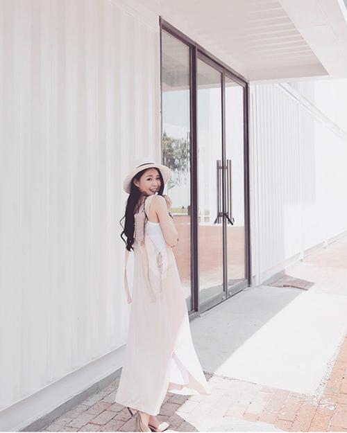 Cô gái có niềm đam mê với du lịch bên cạnh thời trang.