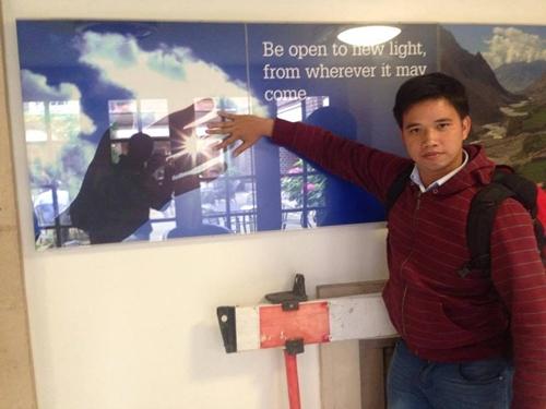 Anh Nguyễn Doãn Huân - người có 8 năm hoạt động tình nguyện.