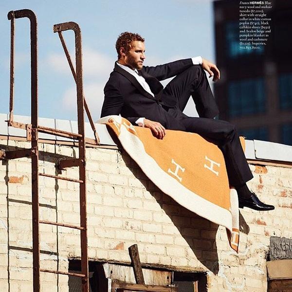 Franco chuyển từ Peru đến Mỹ vào năm 2007 để theo đuổi giấc mơ trở thành   diễn viên. Anh được phát hiện bởi nhiếp ảnh gia thời trang nổi tiếng Mario   Testino và bắt đầu sự nghiệp người mẫu. Franco từng làm mẫu cho các nhãn hiệu   tiếng tăm như Dolce & Gabbana, Calvin Klein, Hugo Boss.