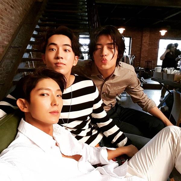 sao-han-5-7-yoon-ah-mac-dong-phuc-hoi-teen-seo-hyun-me-mn-nhin-ban-dien-nam-4