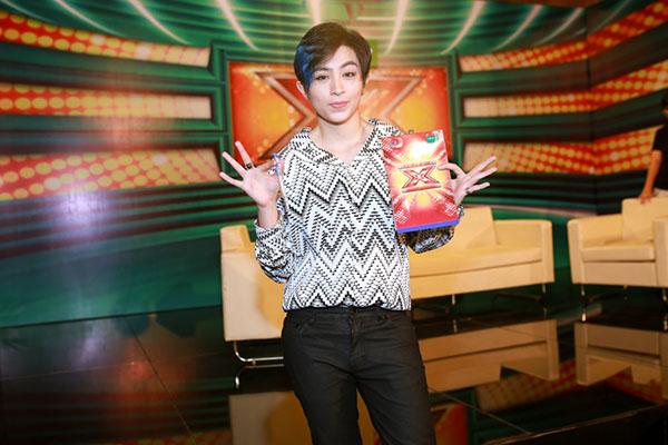 fan-chuc-mung-gil-le-da-song-duoc-1-4-the-ky-4