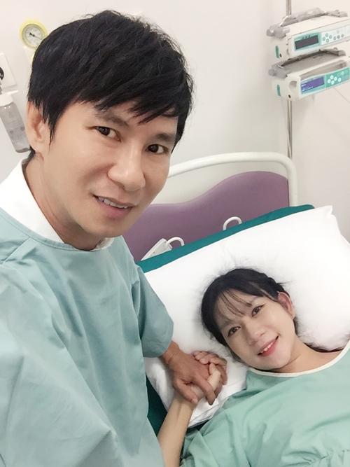 Thông tin Minh Hà (vợ ca sĩ Lý Hải) hạ sinh baby thứ 4 được giấu khá kỹ.