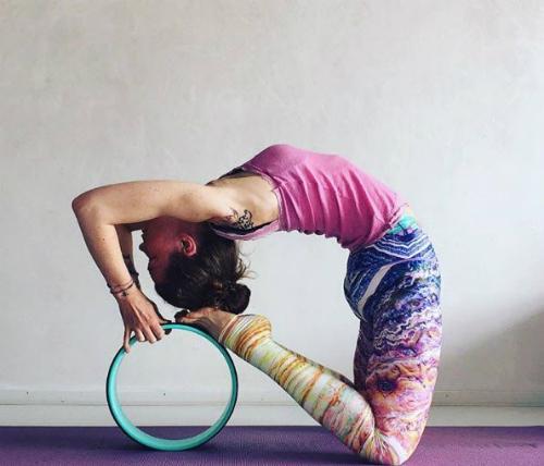 phu kien yoga nao dang hot nhat tren instagram? hinh anh 4