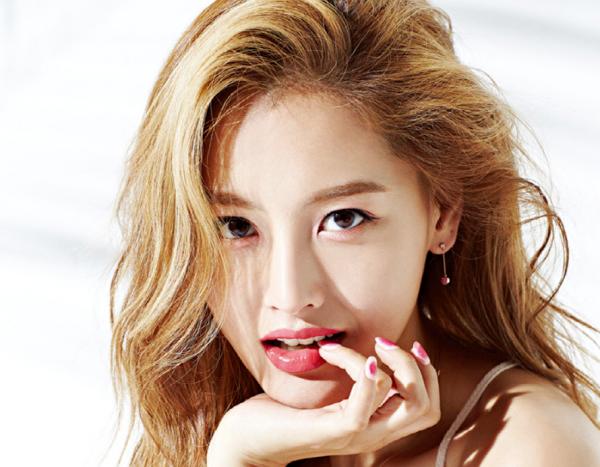 6-idol-kpop-ngap-lut-trong-loi-to-tinh-sao-nam-5