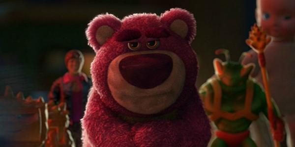 Nếu kể ra những nhân vật đáng nhớ nhất của series Toy Story, hẳn không thể thiếu chú gấu hồngLots-o-Huggin