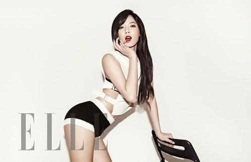Hiện nay, Hyun Ah đã trở thành idol hàng đầu Kpop, nổi tiếng với thân hình bốc lửa và được mệnh danh là nữ hoàng gợi cảm thế hệ mới của Kpop. Thân hình mảnh mai của nữ ca sĩ còn được các chuyên gia đánh giá cao, được bình chọn là một trong những sao nữ có thân hình đẹp nhất Kbiz năm nay.