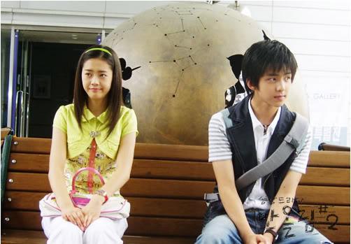 Gương mặt búng ra sữa của anh chàng rất được các fan tuổi teen yêu thích, giúp cựu thành viên Su Ju trở thành cây hút fan cho nhóm lúc bấy giờ.