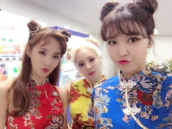 sao-han-17-7-song-hye-kyo-deo-kinh-lam-mau-jessica-khoe-da-sang-min-6