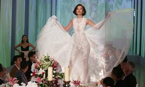 Bị thí sinh The Face dùng váy 'quét' bàn tiệc, NTK lỗ 150 triệu