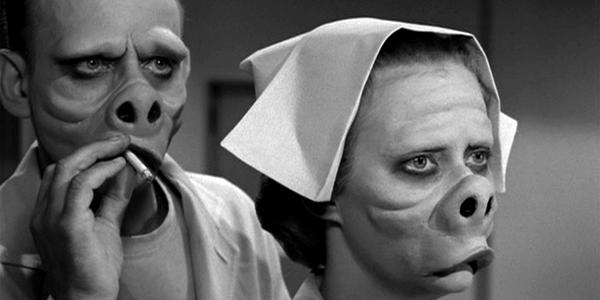 The Twilight Zone hướng đến ý nghĩa giáo dục thông qua truyền đạt các bài học về cách ứng xử người với người. Tuy vậy những tình huống trong phim được xem là cực kỳ ám ảnh. Bộ phim theo chân anh chàngForest Whitaker