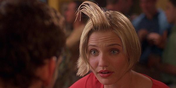 Kiểu tóc mái dựng đứng không phải là hình ảnh xuyên xuốt trong bộ phim nhưng khi nhắc tớiTheres Something About Mary